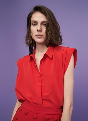 Vatkalı Kolsuz Gömlek-People By Fabrika